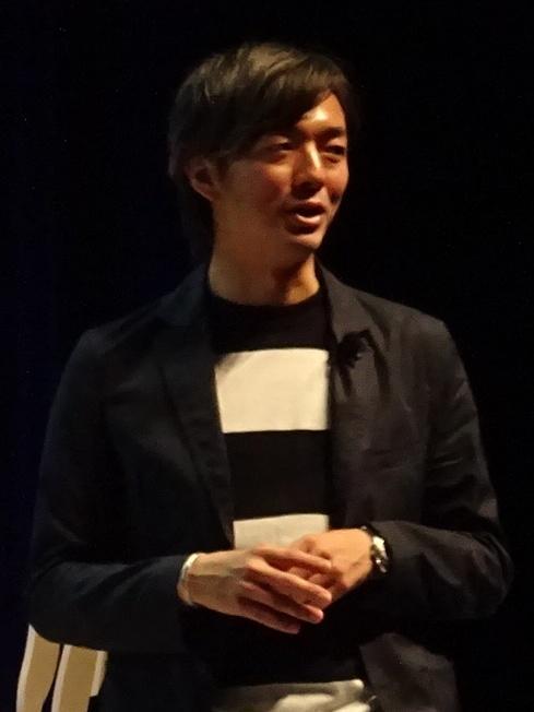 Takahiro Hosoda. Senior Creative Director ... 1dc59b528